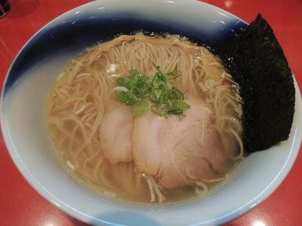 塩そば(830円)