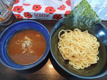 ちょい辛つけ麺(880円)