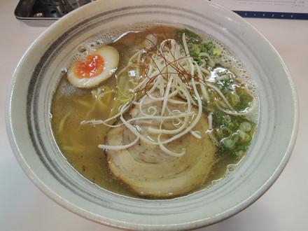 塩そば(並)(650円)