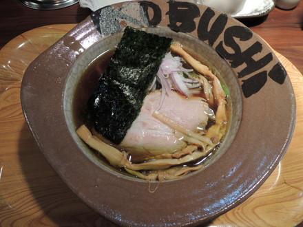 醤油系ラーメン(700円)