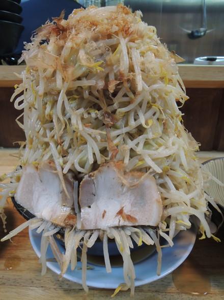 ラーメン+野菜バカ増し(1650円)