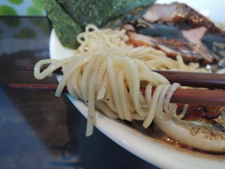 特製なんちゃって熊本らぁ麺の麺