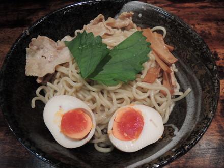 男のまぜ麺(790円)