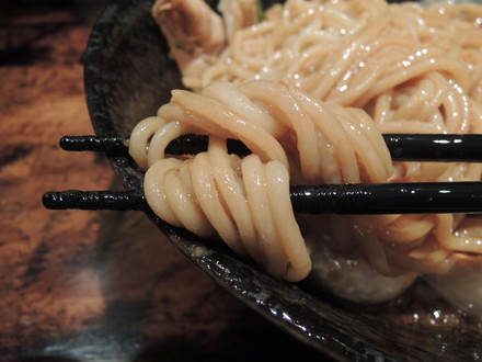 男のまぜ麺の麺