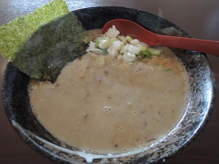 大岩ラーメン特豚(700円)