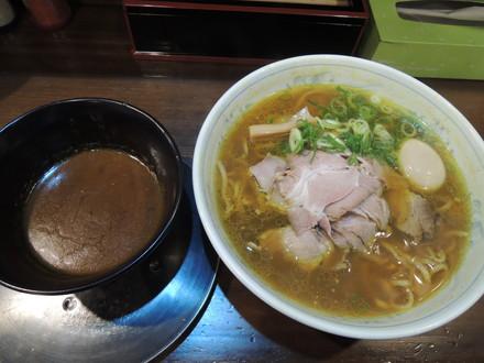 次世代のカレーつけ麺(1260円)