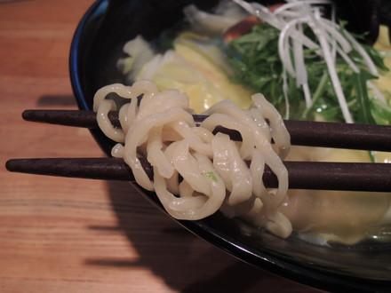 塩コッペの麺