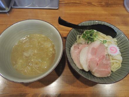 鶏つけ麺(800円)