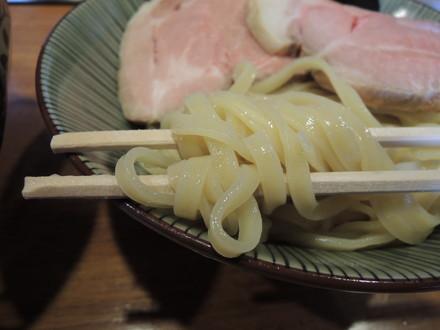 鶏つけ麺の麺