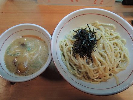 味噌つけ麺(大盛)(750円)