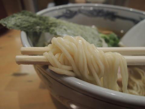 塩らーめんの麺