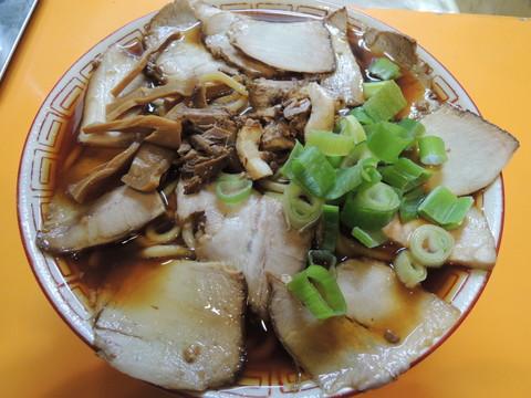 チャーシュー麺 大(2玉)(830円)