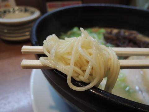 とんこつラーメン(細麺)の麺