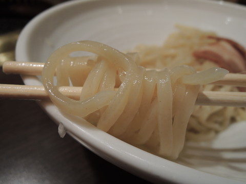 濃厚魚介醤油つけ麺の麺
