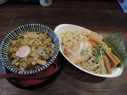 淡成つけ麺 並盛(750円)