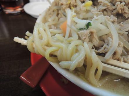 肉にんジャータンメンの麺