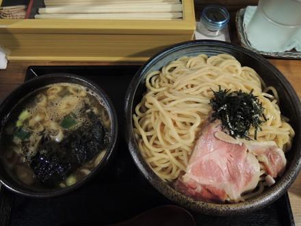 にぼし鶏豚骨のたまり醤油つけ麺大盛(1000円)