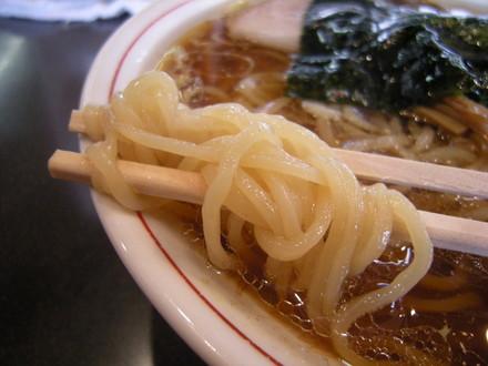 青島ラーメンの麺
