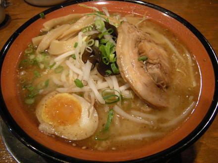 みそらー麺(730円)
