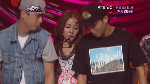 120810 Only One KBS Music Bank.tp_000015347
