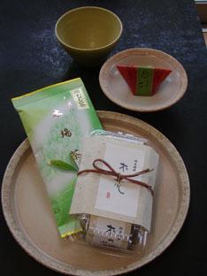 詩季・お茶とお菓子