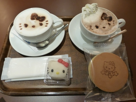 Café de Miki with Hello Kitty15