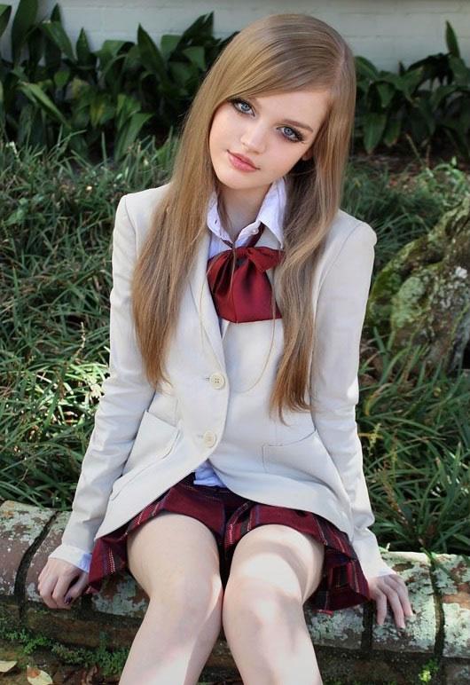 Dakota Rose, la Barbie adolescente que causa furor en las redes sociales (4)