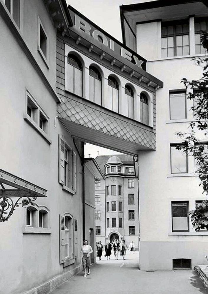 Aegler-Rolex-Campus-in-Bienne,-Switzerland