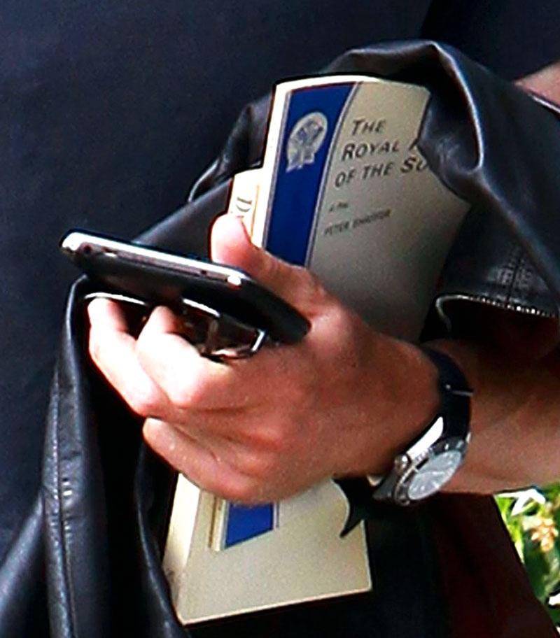 Daniel-Craig-Project-X-Design-Customized-Rolex-Submariner-book-close.jpg
