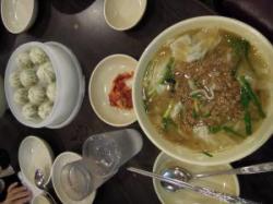 韓国 明洞餃子-2