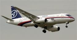 2012-05-29_Russia_スホイ・スーパージェット100(ロイター)
