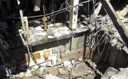 2012-06-26_Canada_屋根が崩落したカナダのショッピングモール=23日、オンタリオ州(ロイター)01