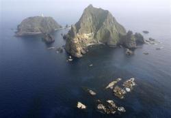 2012-08-10_島根県の竹島(AP)