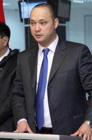 2012-10-27_Russia-CIS-Kyrgyzstan_【海外事件簿】チューリップ革命の旗手の息子が逮捕 汚職まみれの「王子」の結末は キルギス01_逮捕されたマクシム・バキエフ氏(ロイター)