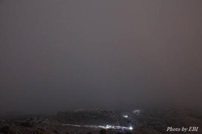 登山者のヘッドライト