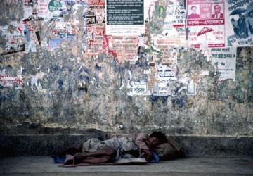 アジア極貧層