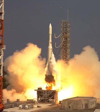 {きく2号」と命名され、わが国初の静止衛星