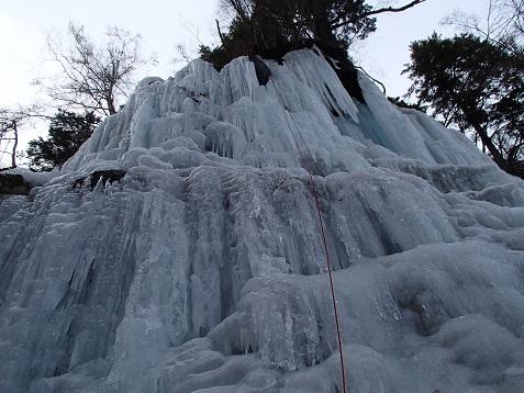 白髭エリア左岸の氷
