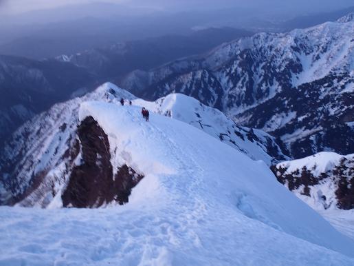 第1岩峰へ