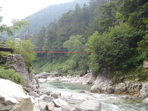 薬師沢小屋の橋