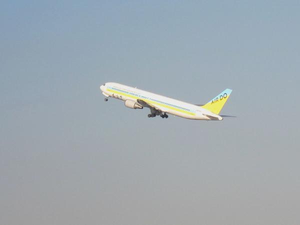 羽田空港 旅客機8-2〔フリー写真〕