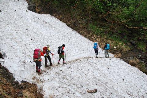 雪渓のトラバース