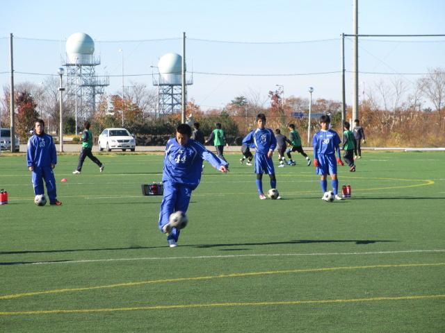 2012.11.25  サッカー部トレーニングマッチ 対小松大谷 021