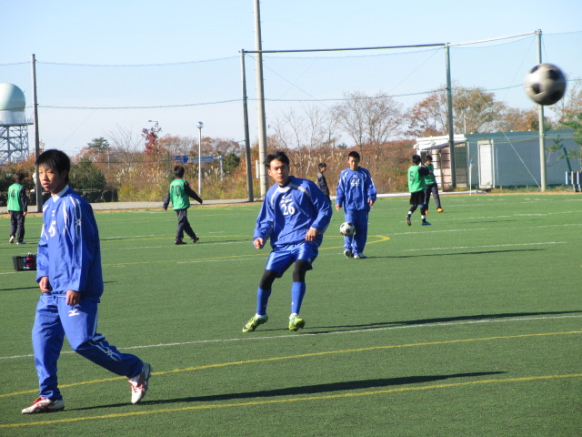 2012.11.25  サッカー部トレーニングマッチ 対小松大谷 030