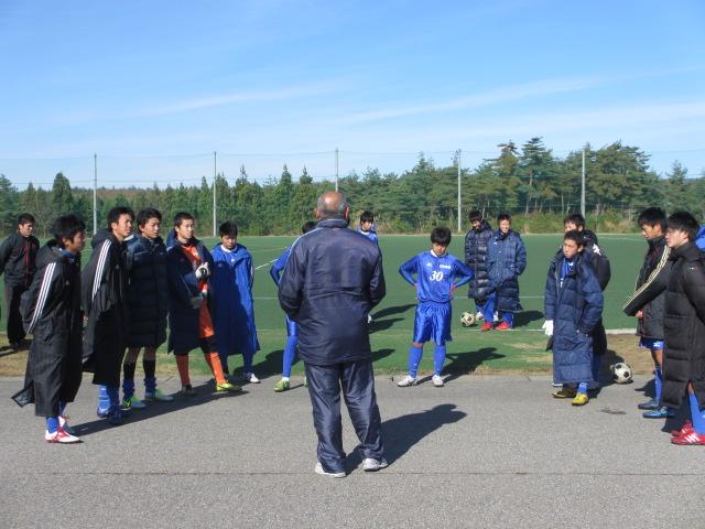 2012.11.25  サッカー部トレーニングマッチ 対小松大谷 102