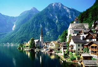 Hallstatt_Austria.jpg