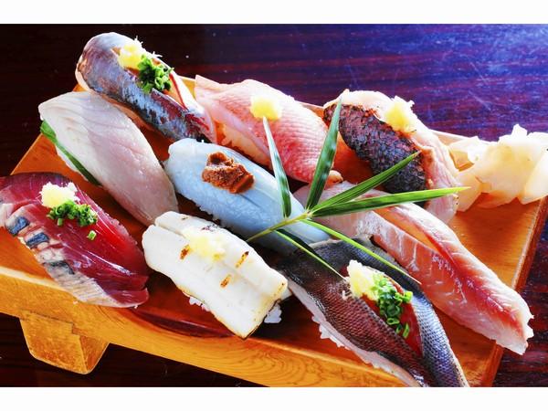 富鮨さんの 地魚寿司のにぎり