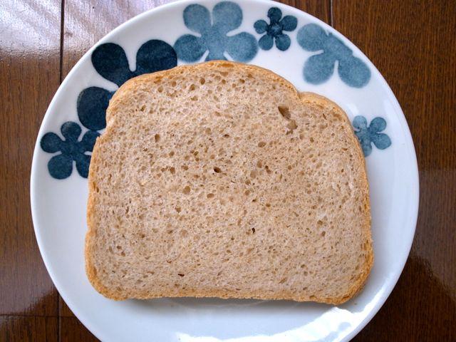 ヨーグルト入りパン