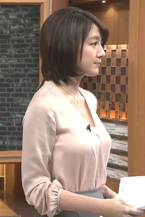 大島由香里 巨乳横乳&胸元ちらり (20140209)