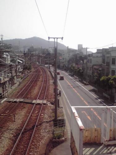 橋上から浄土寺山方面を望む